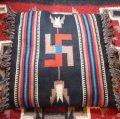 20〜30年代アンティーク 卍(スワスティカ) ナバホラグクッションカバー