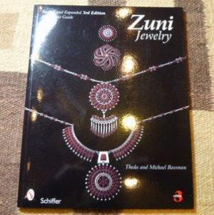 画像1: ギフトアイテム20〜 洋書 「Zuni Jewelry」 初版1992年発行ペーパーブック