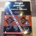 ギフトアイテム15〜 洋書 「INDIAN JEWELRY of the American Southwest」 1996年発行ペーパーブック