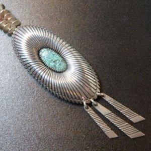 画像1: ナバホ Gibson・Nez サンバースト×シャドーボックス ターコイズ付 ダングルスタイルネックレス