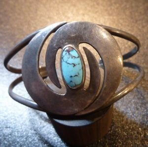 画像1: ナバホ 60年代Used Antique ターコイズ付 竜巻モチーフ バングル約16〜17cm用