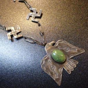画像1: Used・Antique サンダーバード&ターコイズ×スワスティカ(卍)etc ネックレス約70cm