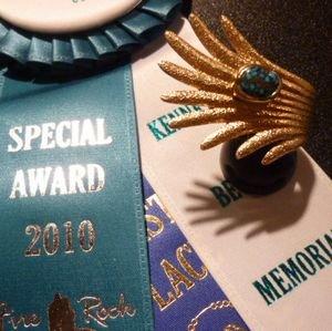 画像1: ナバホ Darryl・Dean・Begay 2010Awards オール18Kゴールド&ランダーブルーターコイズ付 リング12号